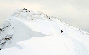 【積雪期の谷川岳】都心からのアクセスもよく比較的手軽に美しい眺望が楽しめます